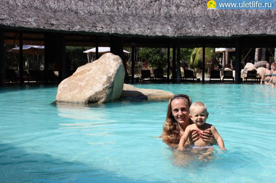I Resort Нячанг бассейн с минеральной водой